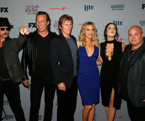 denis leary, liz gillies, and elizabeth gillies image