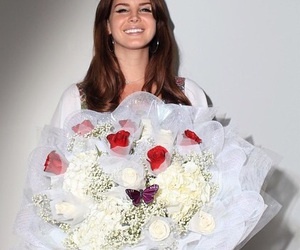 flowers, model, and lana del rey image