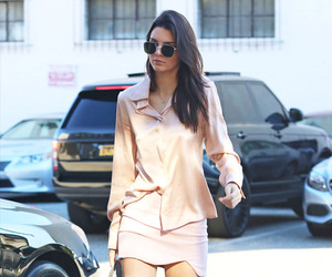 kendall jenner, street style, and outfit image