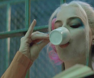 harley quinn, header, and suicide squad image