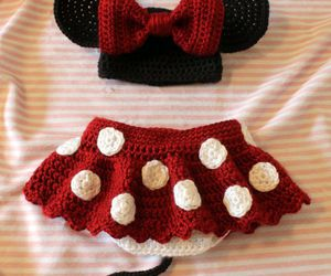 look, minnie mouse, and outfit image