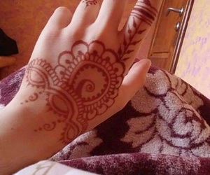 decoration, henna, and jewelry image