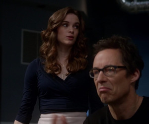 danielle panabaker, the flash, and tom cavanagh image