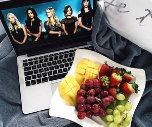 pretty little liars, food, and fruit image