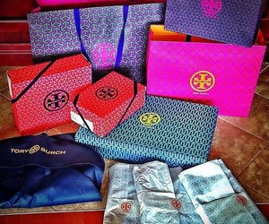 shopping and tory burch image