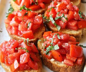 bruschetta and food image