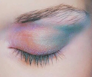 makeup, eye, and pale image