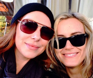 laura prepon, laylor, and taylor schilling image