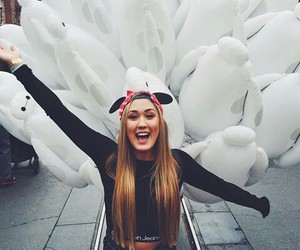 disney, laurdiy, and ️youtubers image