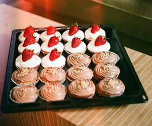 cupcake, food, and strawberry image