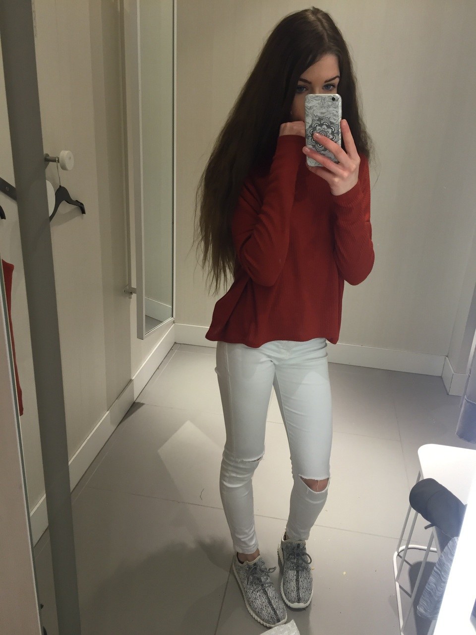 Buy Outfits Tumblr with ripped jeans pictures trends
