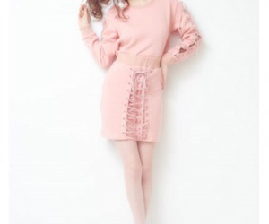 dress, outfit, and pink image