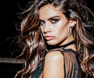 sara sampaio, model, and Victoria's Secret image