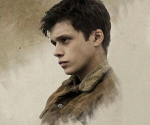 nick robinson, zombie, and the 5th wave image