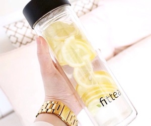 drink, healthy, and lemon image
