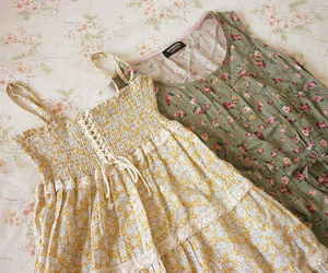 dress, vintage, and floral image