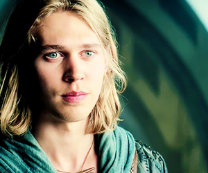 austin butler, the shannara chronicles, and wil ohmsford image