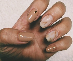 nails, Nude, and eige image