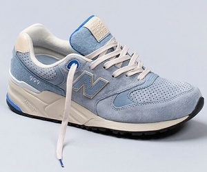 fashion, shoes, and blauw image