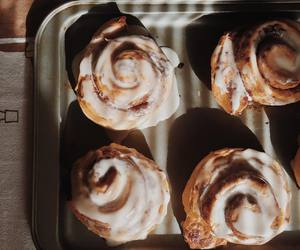 food, cinnamon rolls, and autumn image