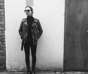 zach abels, the neighbourhood, and the nbhd image