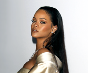 rihanna and Queen image