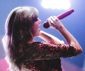 Taylor Swift, concert, and wallpaper image