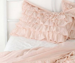 bed, pink, and pretty image
