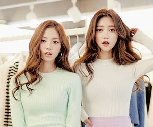 friend, ulzzang, and sungkyung image
