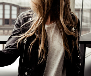 accessories, blonde, and clothes image