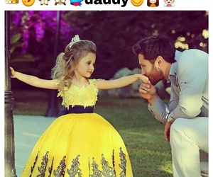 dad, daughter, and king image