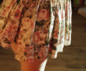 dress, flowers, and retro image