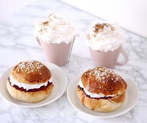 breakfast, cream, and sweet image