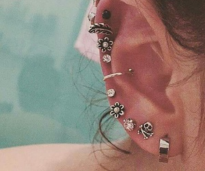 earings and multiple image
