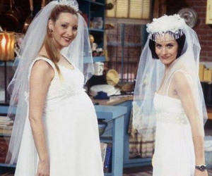 friends, Courteney Cox, and Lisa Kudrow image