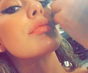 makeup, model, and snapchat image