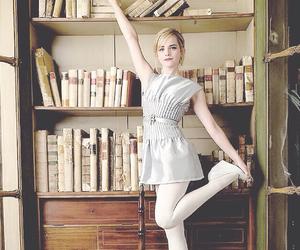 books and emma watson image