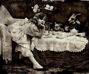 alice in wonderland image