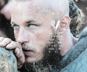 king, vikings, and travis fimmel image