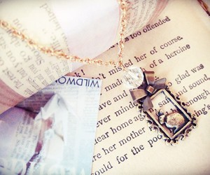 bunny, necklace, and runawaylove.blogg.no image