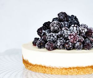 food, blackberry, and cake image