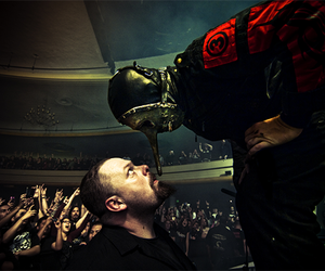 slipknot, chris fehn, and concert image