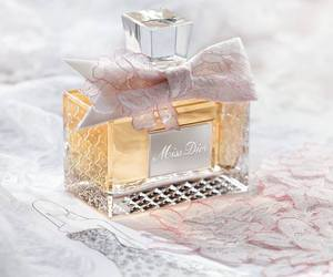 miss dior, dior, and perfume image