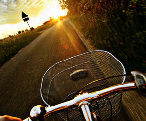 bike and sun image