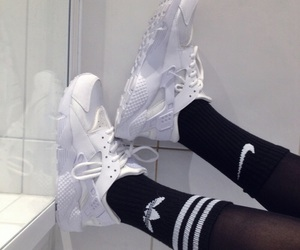 'shoes', 'white', and 'adidas' image
