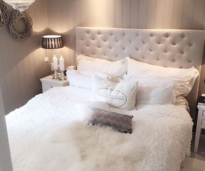bedroom, cozy, and bed image