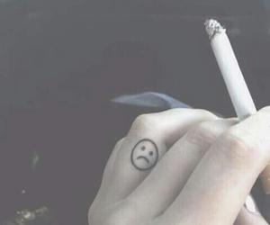 sad, smutek, and papieros image