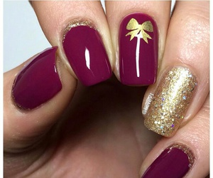 nails gold image