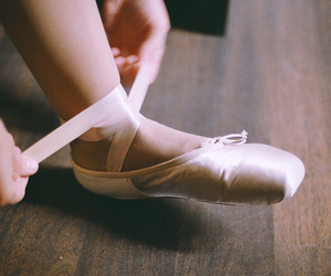 art, pointe shoes, and indie image