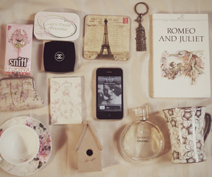 iphone, vintage, and chanel image